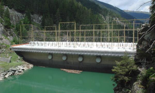 Stauanlage Bärenburg der Kraftwerke Hinterrhein AG<br />in Graubünden